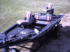 17' Aluma-Weld Xpress with a 40 HP Nissan Motor.